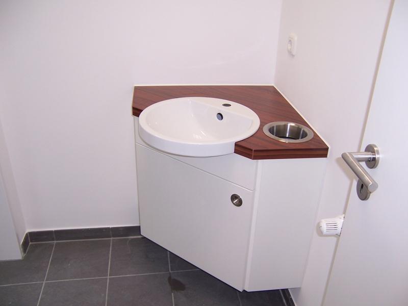 Funktionale Badmöbel für verschiedene Einsatzbereiche